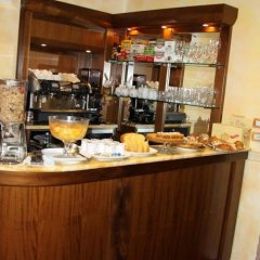 Отель Bellavista Италия, Фраскати - отзывы, цены и фото номеров - забронировать отель Bellavista онлайн гостиничный бар
