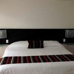 Отель Grupo Kings Suites Platon 436 Мехико сейф в номере