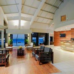 DoubleTree Resort by Hilton Hotel Fiji - Sonaisali Island интерьер отеля фото 2