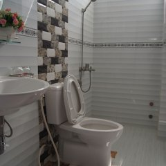 Отель Ho Xuan Huong Villa Далат ванная