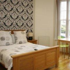 Отель Topps - Brighton комната для гостей