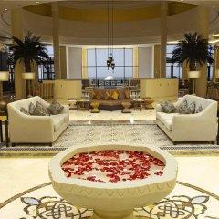 Отель Hilton Ras Al Khaimah Resort & Spa интерьер отеля фото 3