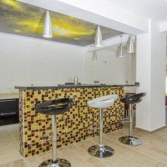 Luxury Villa 1 with Private Pool Турция, Олудениз - отзывы, цены и фото номеров - забронировать отель Luxury Villa 1 with Private Pool онлайн гостиничный бар
