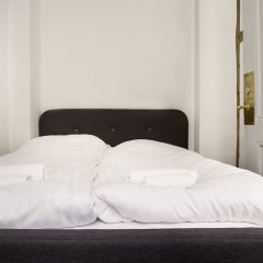 Апартаменты Spacious Apartments in Copenhagen Centre сейф в номере