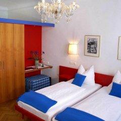 Отель Altstadthotel Wolf Зальцбург комната для гостей