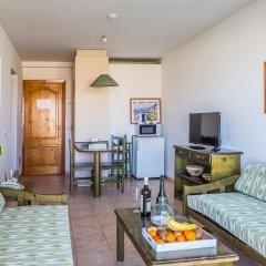 Отель Roc Cala d'en Blanes Beach Club комната для гостей