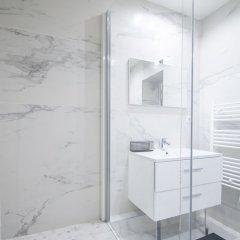 Отель Dreamyflat - facing the Louvre Париж ванная фото 2