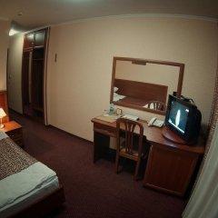 Mir Hotel In Rovno сейф в номере