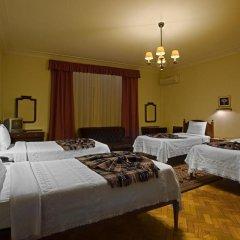 Отель Pão de Açúcar – Vintage Bumper Car Hotel Португалия, Порту - 1 отзыв об отеле, цены и фото номеров - забронировать отель Pão de Açúcar – Vintage Bumper Car Hotel онлайн сейф в номере