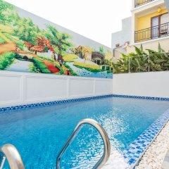 Отель Hoi An Golden Holiday Villa бассейн