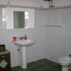 Отель B&B Mare Di S. Lucia Италия, Сиракуза - отзывы, цены и фото номеров - забронировать отель B&B Mare Di S. Lucia онлайн ванная