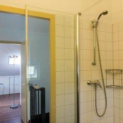 Отель Vink Water View Apartment Нидерланды, Винкевеен - отзывы, цены и фото номеров - забронировать отель Vink Water View Apartment онлайн ванная