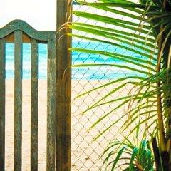 Отель Coco Mari Beach Villa пляж