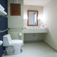 Отель Holiday Inn Express Cabo San Lucas ванная