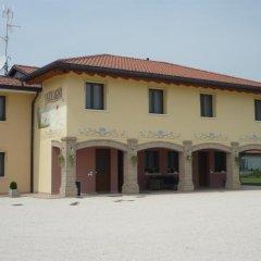 Отель Agriturismo Ai Laghi Прамаджоре с домашними животными