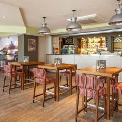 Отель Premier Inn Brighton City Centre Брайтон гостиничный бар
