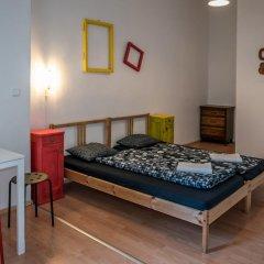 Отель Clown and Bard Hostel Чехия, Прага - отзывы, цены и фото номеров - забронировать отель Clown and Bard Hostel онлайн комната для гостей фото 3