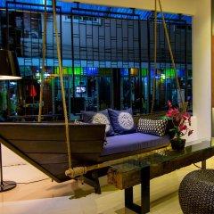 Отель The Journey Patong развлечения