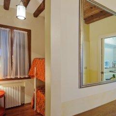 Отель Fenice Apartments in Venice Италия, Венеция - отзывы, цены и фото номеров - забронировать отель Fenice Apartments in Venice онлайн фото 2