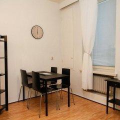 Апартаменты Experience Living Urban Apartments комната для гостей фото 5