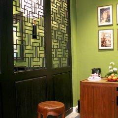 Shanghai Mansion Bangkok Hotel 4* Стандартный номер с различными типами кроватей фото 5