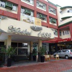 Отель Octagon Mansion Hotel Филиппины, Манила - отзывы, цены и фото номеров - забронировать отель Octagon Mansion Hotel онлайн парковка