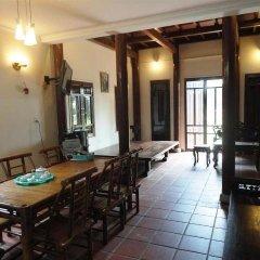 Отель B Lan House Вьетнам, Хойан - отзывы, цены и фото номеров - забронировать отель B Lan House онлайн помещение для мероприятий