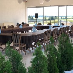 Гостиница Golf Hotel Sorochany в Курово отзывы, цены и фото номеров - забронировать гостиницу Golf Hotel Sorochany онлайн питание фото 3