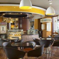 Отель Sheraton Imperial Kuala Lumpur Hotel Малайзия, Куала-Лумпур - 1 отзыв об отеле, цены и фото номеров - забронировать отель Sheraton Imperial Kuala Lumpur Hotel онлайн питание фото 2