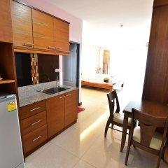 Апартаменты Kaewfathip Apartment Паттайя в номере