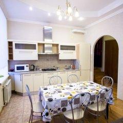 Апартаменты Four-room apartment on Nevsky 106 в номере