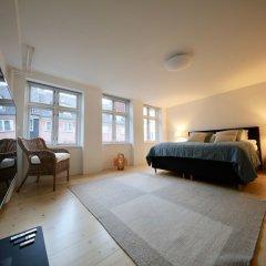 Отель Two-Story LUX Apartment in Heart of Cph Дания, Копенгаген - отзывы, цены и фото номеров - забронировать отель Two-Story LUX Apartment in Heart of Cph онлайн комната для гостей фото 2