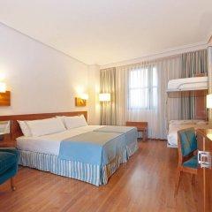 Отель Tryp Madrid Atocha Hotel Испания, Мадрид - 8 отзывов об отеле, цены и фото номеров - забронировать отель Tryp Madrid Atocha Hotel онлайн комната для гостей фото 4