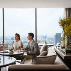 Отель Marriott Bangkok The Surawongse Бангкок бассейн фото 2
