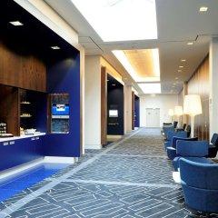 Отель Novotel Amsterdam City Амстердам банкомат