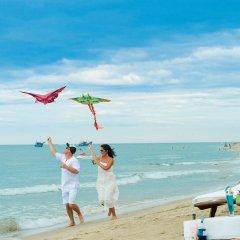 Отель Hoi An Trails Resort пляж