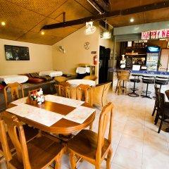 Отель Nid's Bungalows гостиничный бар