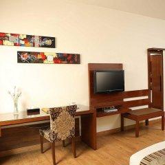 Отель Ahuja Residency Sunder Nagar удобства в номере