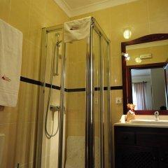 Отель Quinta De Santa Maria D' Arruda Португалия, Турсифал - отзывы, цены и фото номеров - забронировать отель Quinta De Santa Maria D' Arruda онлайн ванная