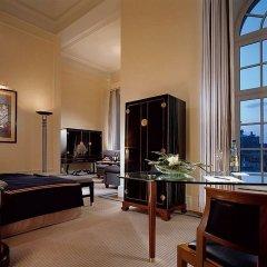 Отель Taschenbergpalais Kempinski Германия, Дрезден - 6 отзывов об отеле, цены и фото номеров - забронировать отель Taschenbergpalais Kempinski онлайн комната для гостей фото 3