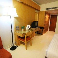 Отель Residence Rajtaevee Бангкок удобства в номере