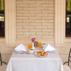 Отель Grifid Arabella Hotel - Все включено Болгария, Золотые пески - отзывы, цены и фото номеров - забронировать отель Grifid Arabella Hotel - Все включено онлайн питание фото 5