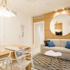 Отель Metropol Ceccarini Suite Риччоне комната для гостей