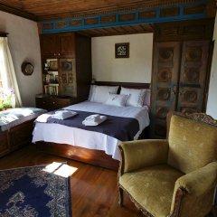 Отель Terrace Houses Sirince - Fig, Olive and Grapevine комната для гостей