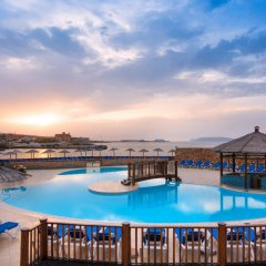 Отель Ramla Bay Resort бассейн фото 2