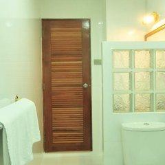 Отель Lullaby Inn Бангкок ванная фото 2