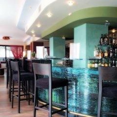 Hotel Queen Olga гостиничный бар