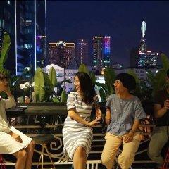 Отель Lela Homestay SaiGon гостиничный бар