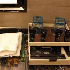 Jitai Boutique Hotel Tianjin Jinkun Тяньцзинь сейф в номере