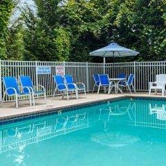 Отель Best Western Gastonia бассейн фото 3